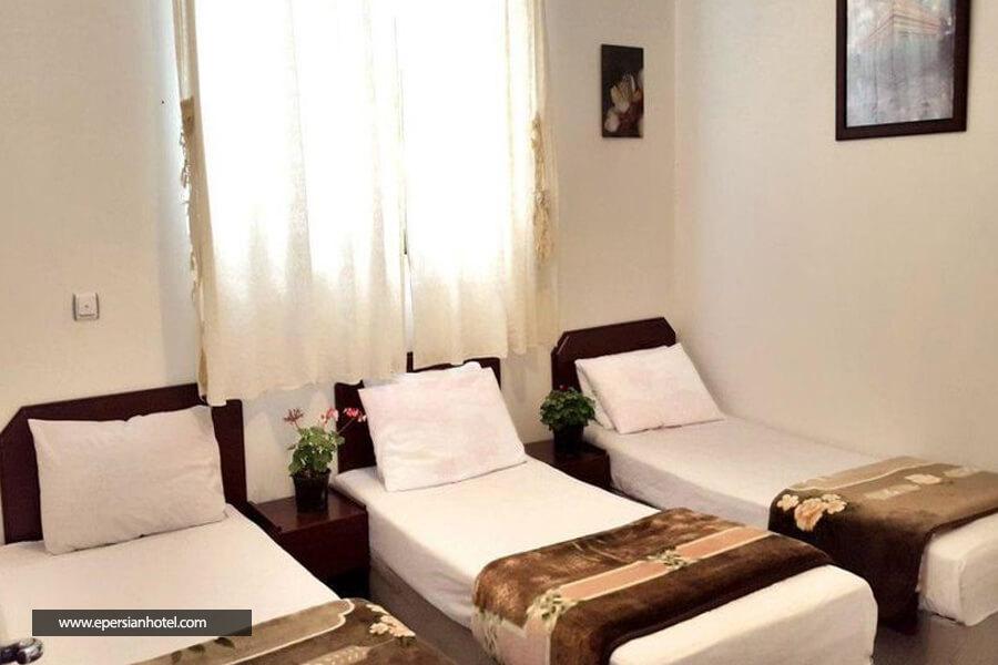 هتل زرین توس مشهد  اتاق سه تخته