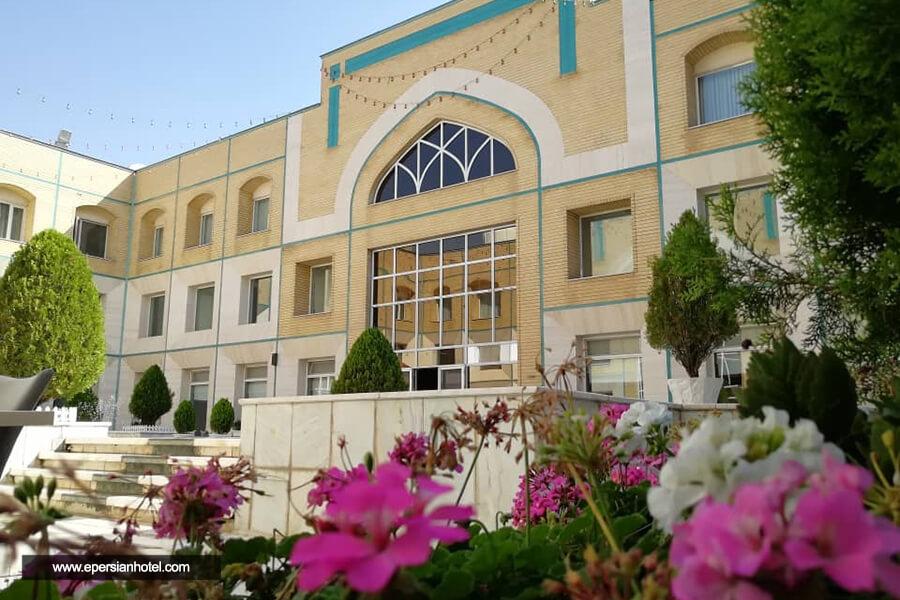 هتل قصر الضیافه مشهد نما
