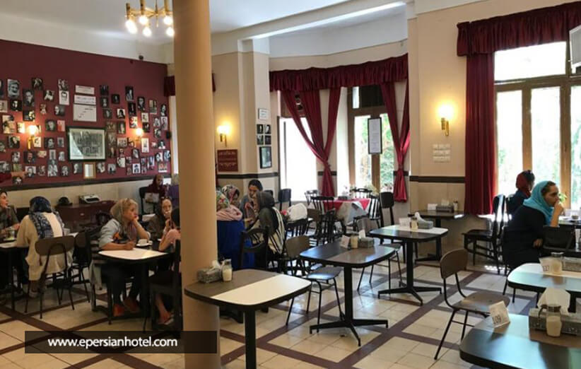 کافه ای با یک عمر خاطره