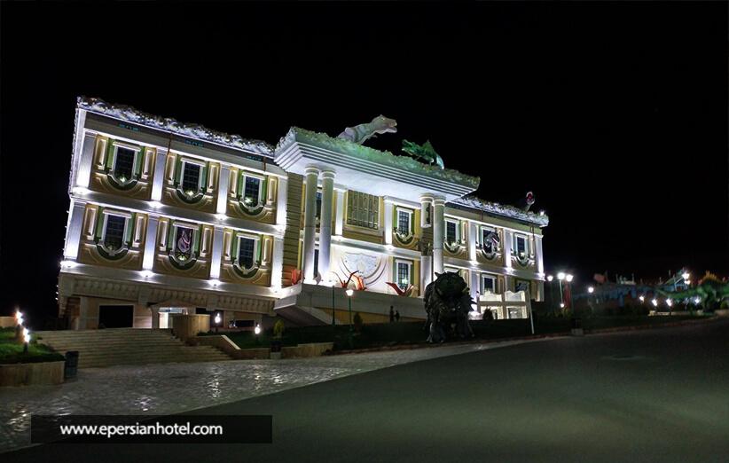 شهر واژگون در اصفهان