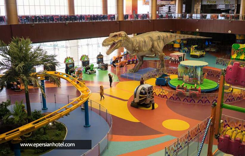 مرکز تفریحی سرپوشیده گاندو شیراز