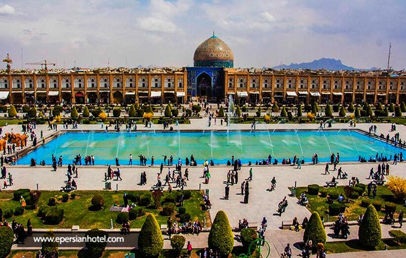 میدان نقش جهان بزرگترین بازار ایران
