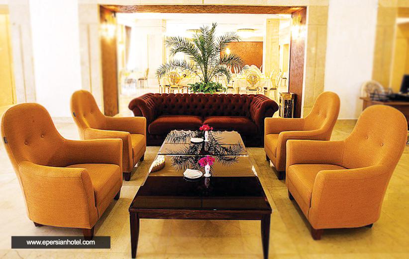 آیا امکانات هتل پانوراما کیش راضی کننده است؟