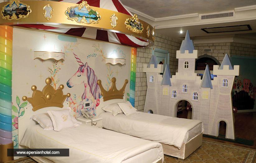 کیدز روم قصر طلایی مشهد، رویای زائران کوچک