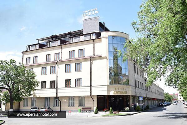 هتل آرتساخ ایروان