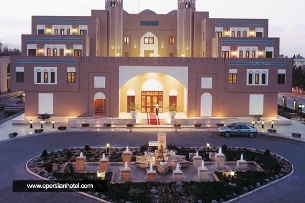 هتل پارسیان صفاییه یزد