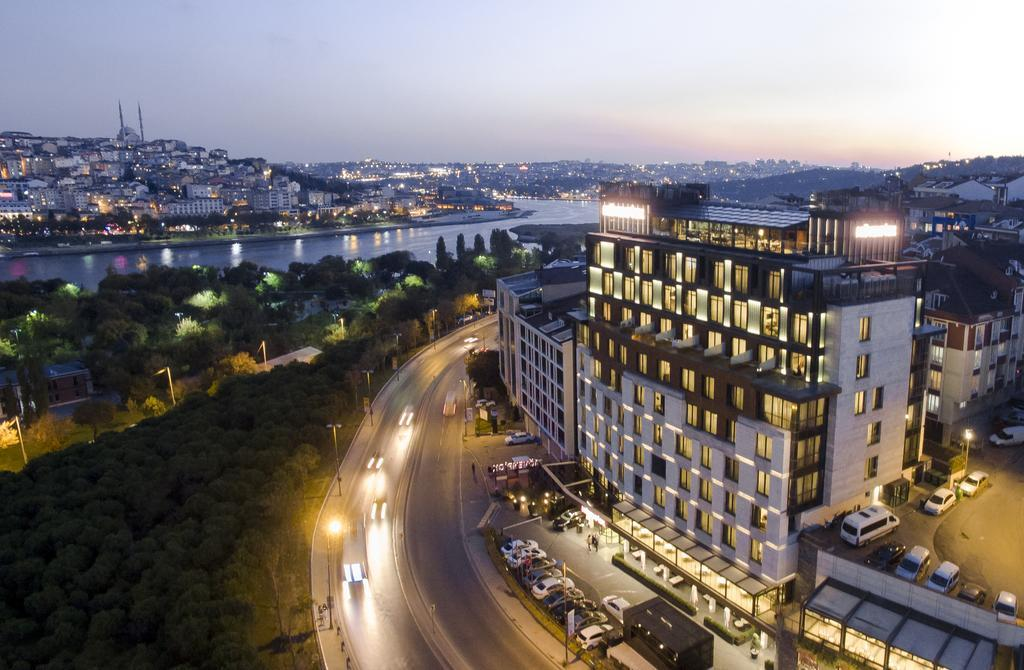هتل Mövenpick Hotel Istanbul Golden Horn استانبول