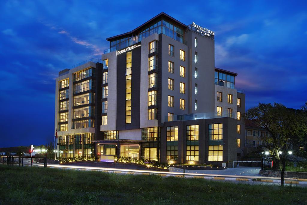 هتل DoubleTree by Hilton Hotel Istanbul – Tuzla استانبول